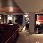 2Br Suite w Strip View