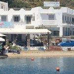 Photo de Kythnos Bay Hotel