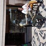 Photo of Escultura de Fernando Pessoa