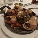 Escargots with mushrooms and garlic