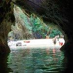 Photo de Morakot Cave (Emerald Cave)