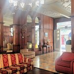 beautiful lobby anf front desk staff excellent