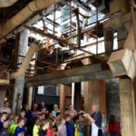 Guided tour with school group present