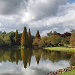 Autumn colours on the lake walk at Hunter Valley Gardens