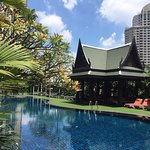 Plaza Athenee Bangkok, A Royal Meridien Hotel Photo