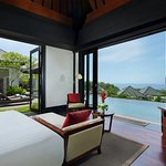 Sanctuary Villa - Sea View