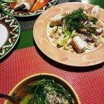 кальмары на гриле, суп и буррито