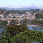 this is a view of Kandy lake taken from the viewing platform.