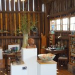 Beautiful pottery shop. What a hidden gem! Great price ranges for all buyers and Renee is awesom