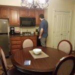 Small kitchen, no stove