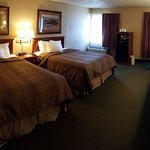 Econo Lodge double room