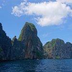 Koh Phi Phi surrounding area