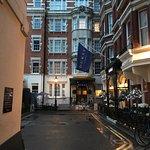 Photo de Dukes Hotel