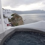 Our own hot tub w/ excellent views of the Caldera :)