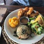 Foto de Sails Restaurant & Bar