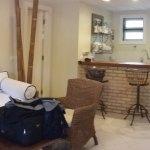 Sala e cozinha americana do chalé/flat