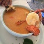 Excelente variedad en mariscos, El jugo natural Ensalada es un manjar, la comida, cuestión de gu