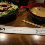 Zen Sushi & Grillの写真