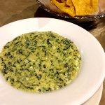 Spinach and artichoke con queso