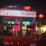 Photo de Red Garden Food Paradise & Night Market