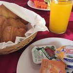 very good pastries selections & fruit platter for breakfast