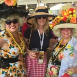 """making friends with """"hon's"""" at Blackeyed Susan Day"""