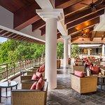 Jentayu Lounge