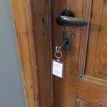 3B old fashioned keys and locks :)
