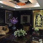 Foto de Golden Lotus Luxury Hotel