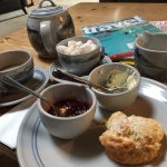 Welcome with the scone and tea