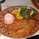 Filete empanizado muy delicioso en la bahía y a un precio accesible es recomendado muy rico