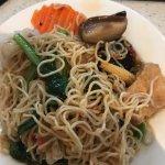 Lo Han Chai Chow Mein