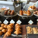 breakfast buffet at the lounge