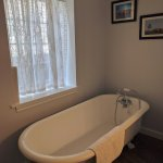 Cartier ensuite claw foot tub