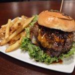 JAM ON IT Beef & Bacon Burger