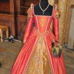 Elizabethan dress exhibition