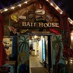 Bait House Foto