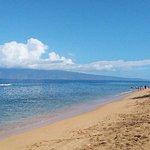 Kaanapali Beach looking towards Molokai