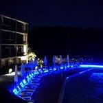 La nouvelle piscine by night