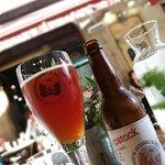 Panisses et bière artisanale locale y font très bon ménage !