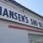 Hansen's Sno-Bliz outside.
