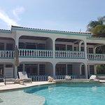 Photo de Coral Bay Villas