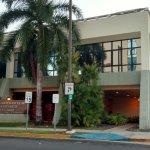 Photo de Howard Johnson Centro Cardiovascular San Juan