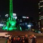 Con mi familia en el Ángel de la Independencia