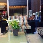 Lobby Hotel Travello Manado