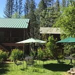 Photo of Yosemite Riverside Inn