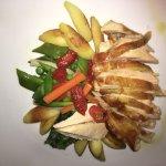 Perlhuhnbrust mit frischem Gemüse
