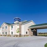 Cobblestone Inn & Suites Cambridge, NE
