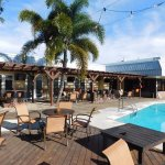 Great Outdoor Pool & Tiki Bar