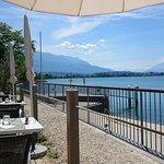 Grande terrasse avec vue sur le lac du Bourget